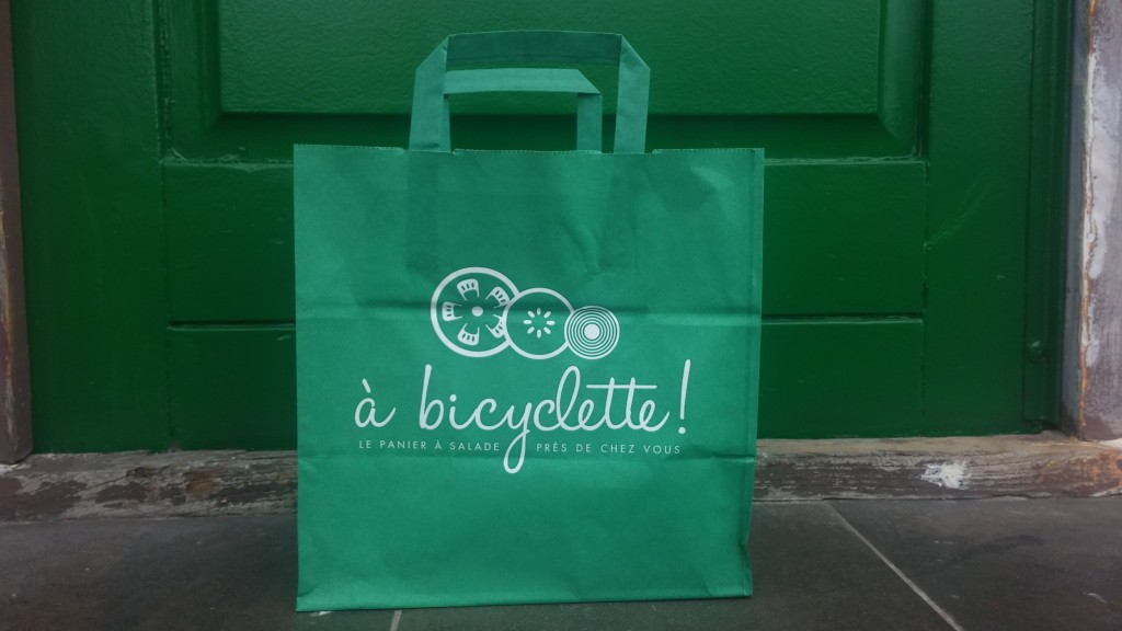 A bicyclette : le bar à salades itinérant du 34 bis quai Alphonse le Gallo